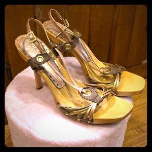 🌸BCBGirls wooden heels with mixed metallic straps
